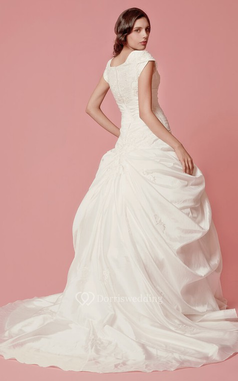 Romantic Pick-up A-line Taffeta Gown With Embroidered Neckline - 4