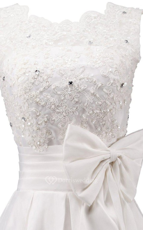 Sleeveless A-line Dress With Bow and Lace - 3
