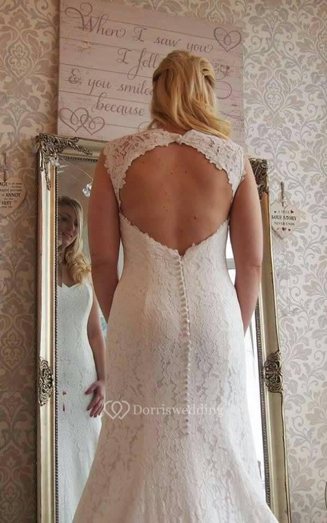 Lace Mermaid Sleeveless Dress With V-Neck and Keyhole Back - 5