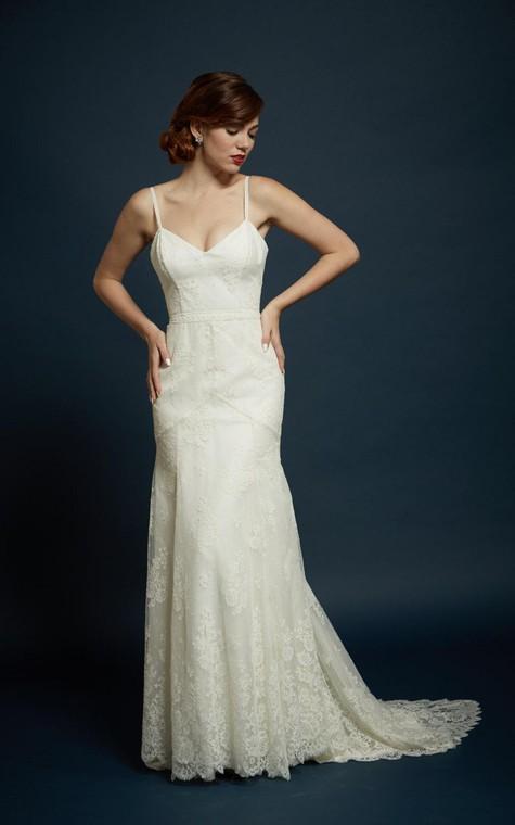 V-Neck Spaghetti Straps Sheath Lace Dress With Open Back - 2