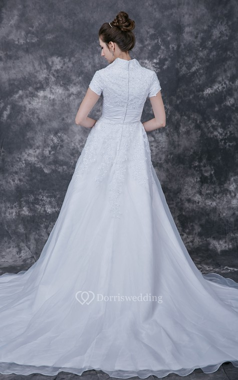 Romantic  Lace-appliqued Organza Wedding Dress With Satin Band - 4