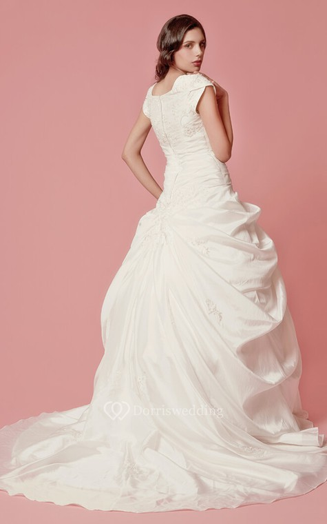 Romantic Pick-up A-line Taffeta Gown With Embroidered Neckline - 5