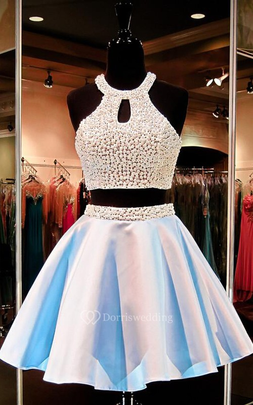 Sexy Halter Two Piece Short Homecoming Dress 2018 Beadings Sleeveless