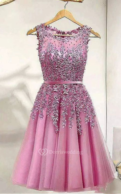 A-line Sleeveless Lace Tulle Bateau Knee-length Homecoming Dress