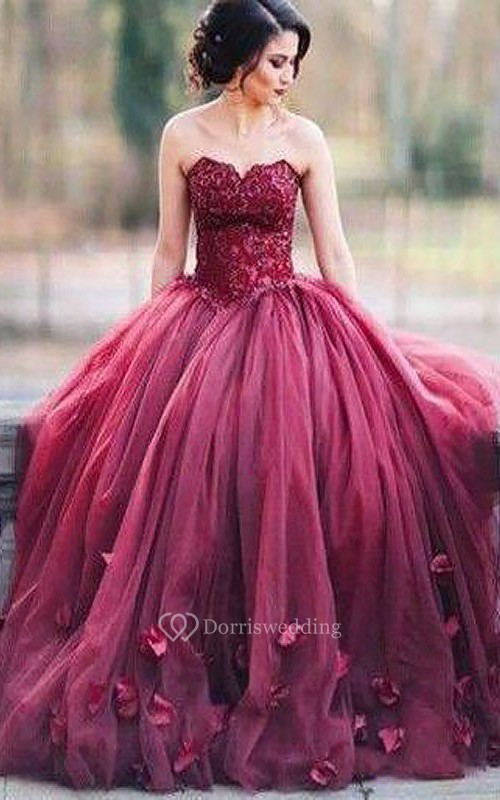 Ball Gown Lace Tulle Sweetheart Sleeveless Zipper Dress