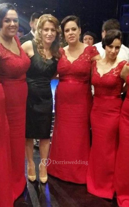Modern V-neck Red Mermaid Bridesmaid Dress With Lace Appliques