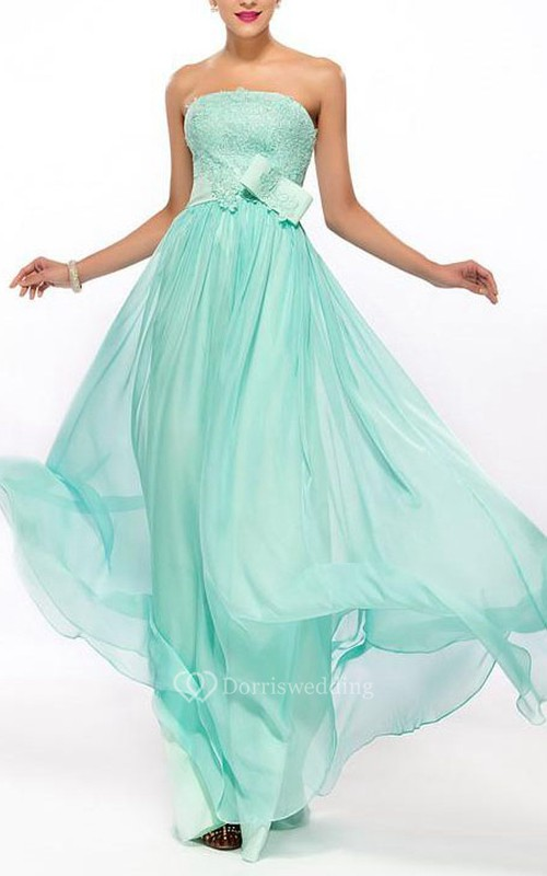 Stunning Strapless Appliques A-Line Floor-Length Prom Dress