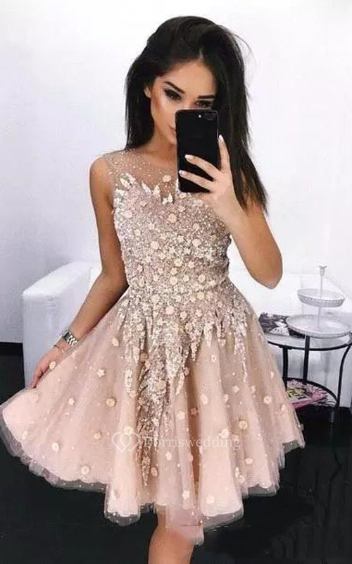 A-line Sleeveless Tulle Sequins Bateau Knee-length Homecoming Dress