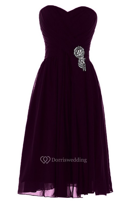 Sweetheart Short Chiffon Dress With Pleats and Beadings