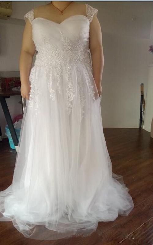 A Line Plus Size Wedding Dresses Cheap Sweetheart Neckline Cap