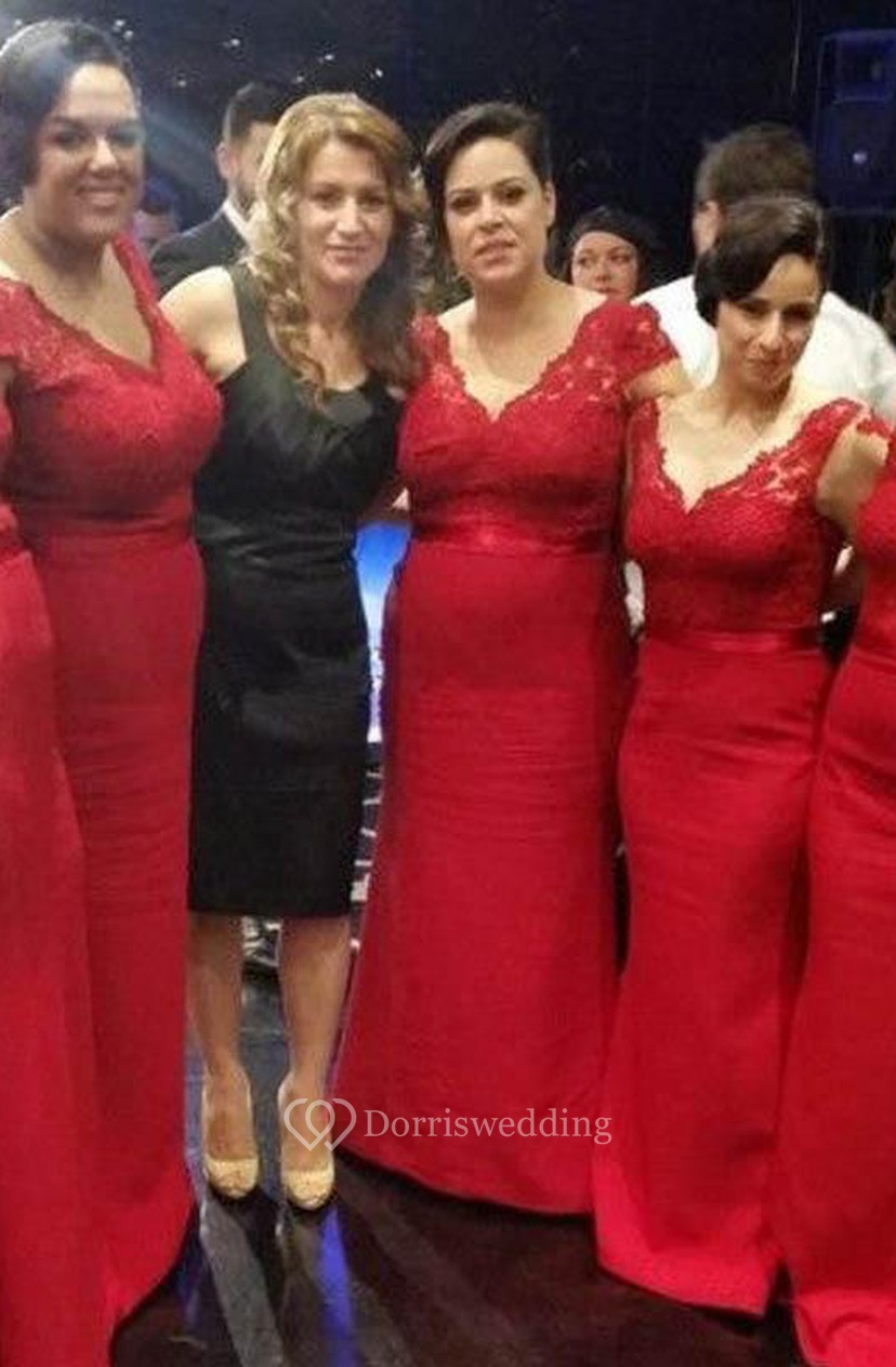 Modern V Neck Red Mermaid Bridesmaid Dress With Lace Appliques