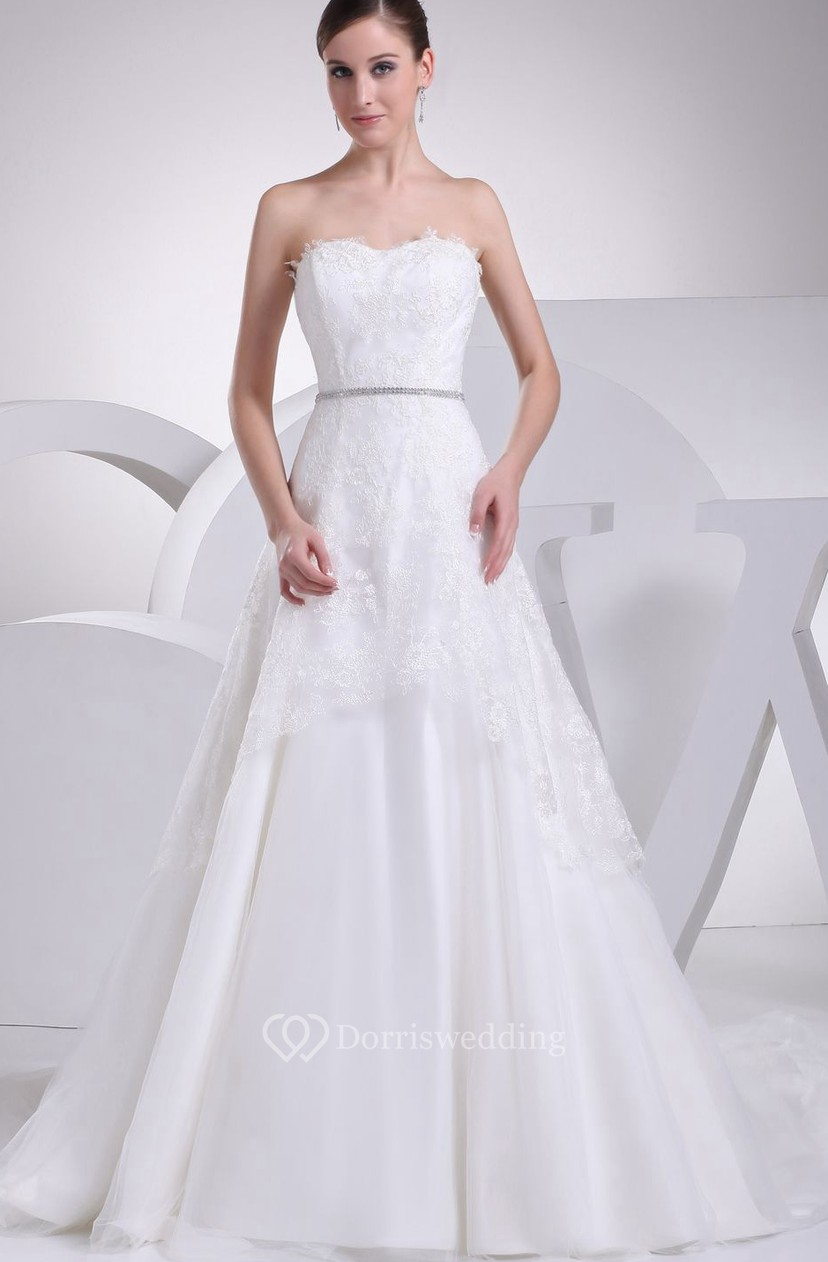 Sweetheart A-Line Ball Gown With Beaded Waist and Lace Appliques ...