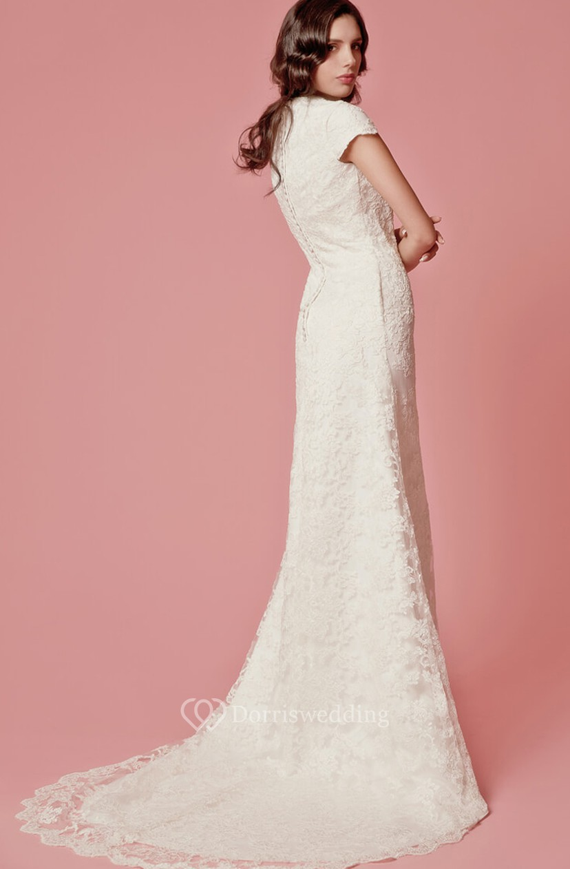 Vintage Inspired Scallooped-Edge Neckline Column Lace Bridal Gown ...